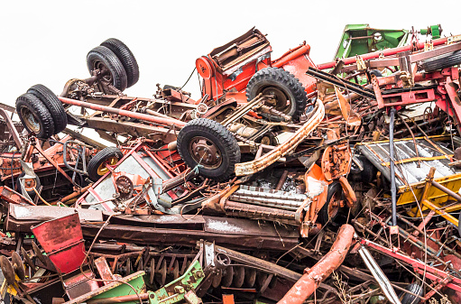 Moose Jaw「Demolished vehicles at a municipal salvage yard」:スマホ壁紙(14)