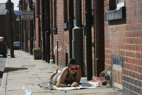 Burley - England「Police Focus On Suspected Suicide Attackers In Leeds Area」:写真・画像(17)[壁紙.com]