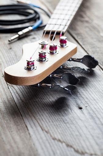 Bass Instrument「Guitar Headstock」:スマホ壁紙(9)