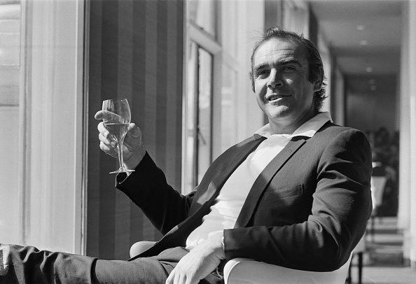 Wineglass「Sean Connery」:写真・画像(11)[壁紙.com]