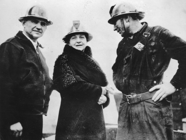 International Landmark「Frances Perkins -  U.S. Secretary Of Labor - At The Construction Site For The Golden Gate Bridge In San Francisco. 5Th April 1935. Photograph.」:写真・画像(18)[壁紙.com]