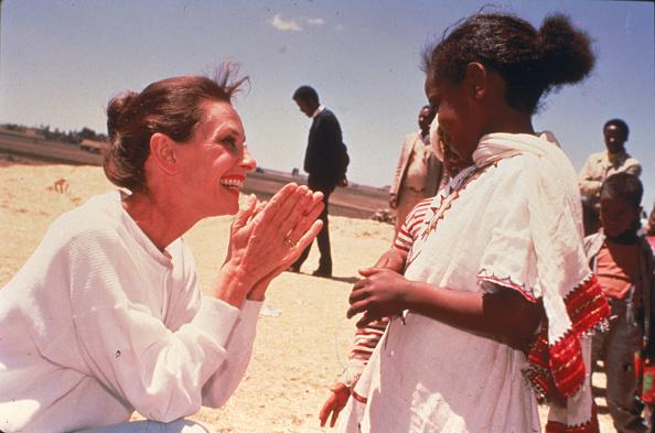 Charity and Relief Work「UNICEF Ambassador」:写真・画像(5)[壁紙.com]