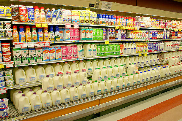 Dairy Products at the Supermarket:スマホ壁紙(壁紙.com)