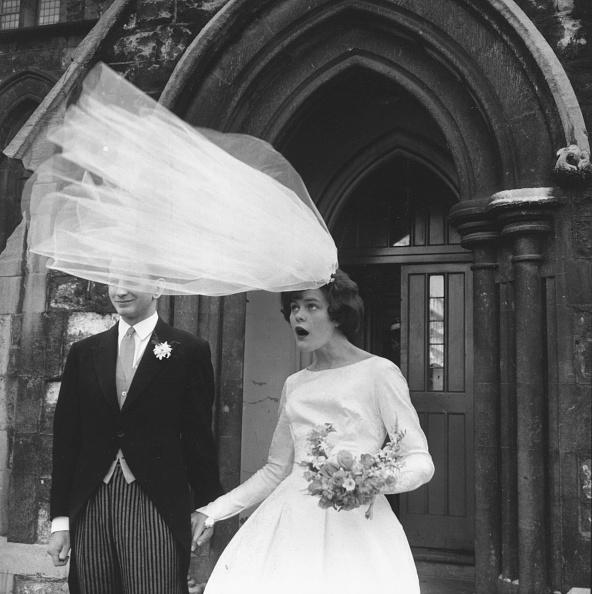Bride「Windy Wedding」:写真・画像(1)[壁紙.com]