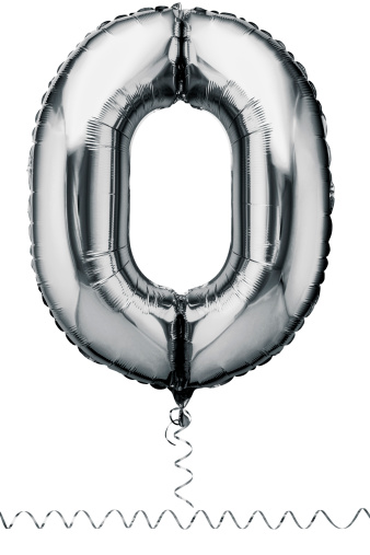 Zero「Silver balloon in the shape of a number zero」:スマホ壁紙(15)