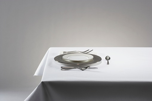 Plate「Elegant place setting」:スマホ壁紙(12)