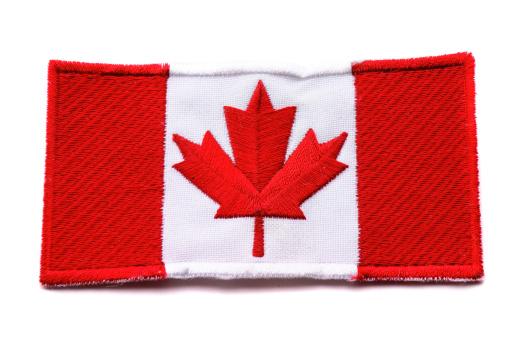 かえでの葉「カナダ国旗」:スマホ壁紙(12)