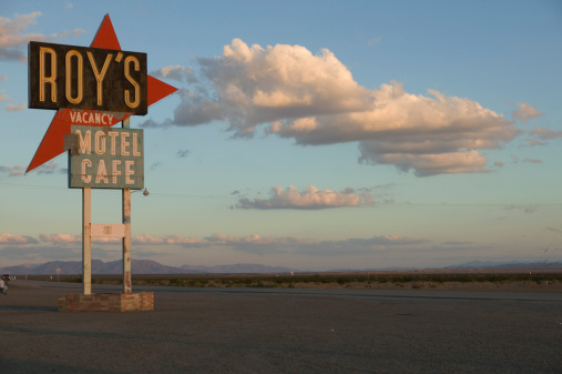 Motel「Dilapidated motel sign」:スマホ壁紙(16)