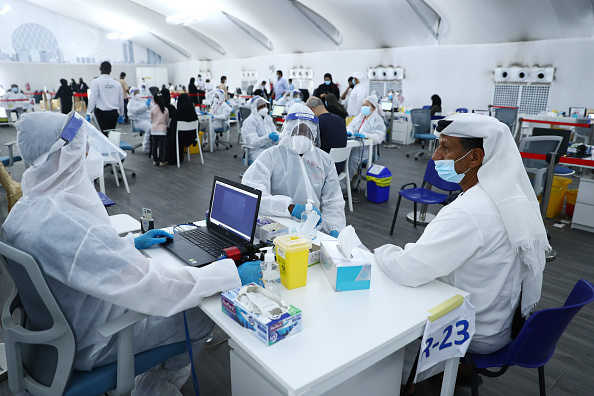 United Arab Emirates「Covid-19 Testing Centers Near Dubai-Abu Dhabi Border」:写真・画像(17)[壁紙.com]