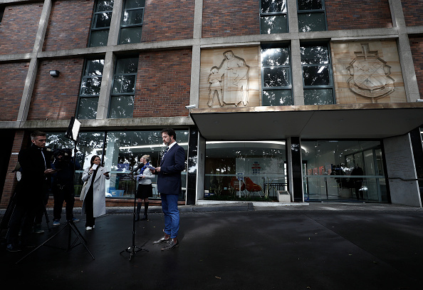 Deep Learning「Sydney School Evacuated After Student Tests Positive For COVID-19」:写真・画像(6)[壁紙.com]
