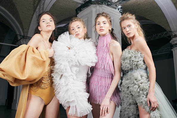 Pastel「Cihan Nacar - Lookbook – Kiev,Ukrainian Fashion Week - 4 February 2021」:写真・画像(8)[壁紙.com]