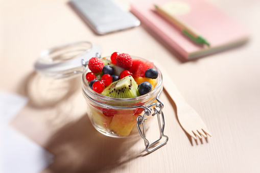 Snack「Zero Waste Lunch Fruits Salad in a Glass Container」:スマホ壁紙(2)