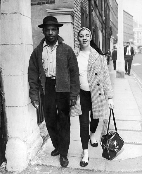 1950-1959「Mixed Race Couple」:写真・画像(1)[壁紙.com]