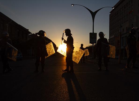 Zimbabwe「Anti Government Protests」:写真・画像(3)[壁紙.com]