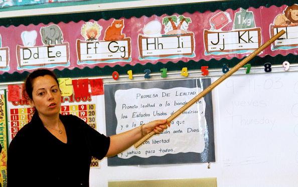 Showing「Monolingual Hispanic Students Learn English」:写真・画像(11)[壁紙.com]