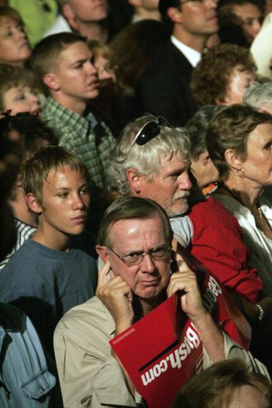 Rick Scibelli「President Bush Speaks At A Rally In Albuquerque」:写真・画像(1)[壁紙.com]