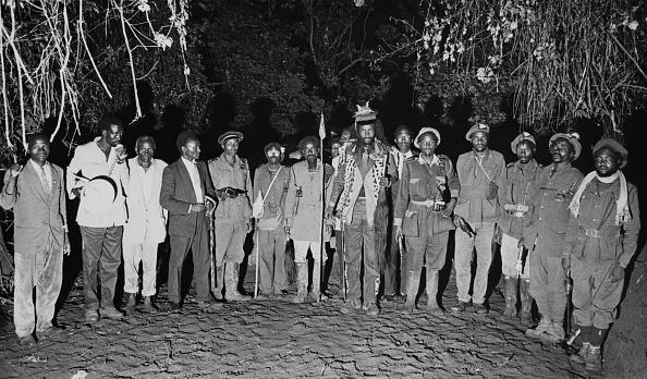 Surrendering「Mau Mau Camp」:写真・画像(4)[壁紙.com]