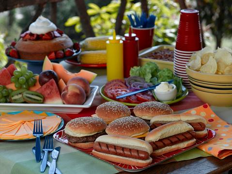 Cheeseburger「Picnic」:スマホ壁紙(0)