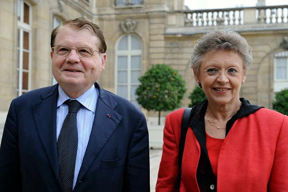 Courtyard「President Sarkozy Greets Medicine Nobel Prize Winners」:写真・画像(6)[壁紙.com]