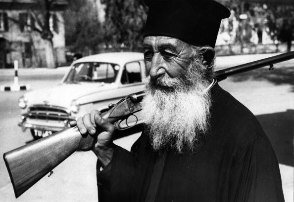 Republic Of Cyprus「Armed Priest」:写真・画像(16)[壁紙.com]
