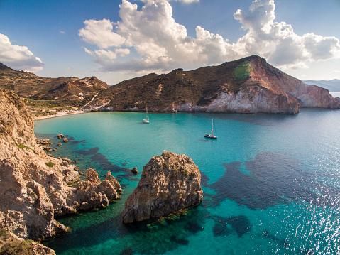 Greek Islands「Sailboats anchored in bay at Milos island」:スマホ壁紙(14)