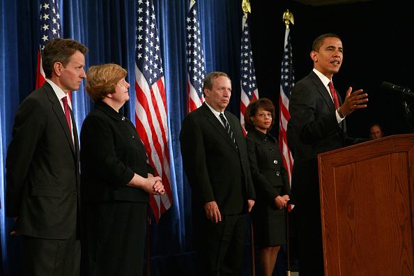 Scott Olson「Obama And Biden Announce Members Of Their Economic Team」:写真・画像(14)[壁紙.com]