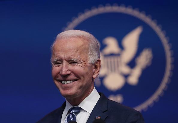 笑顔「President-Elect Biden Remarks On ACA As Supreme Court Takes On Case」:写真・画像(18)[壁紙.com]