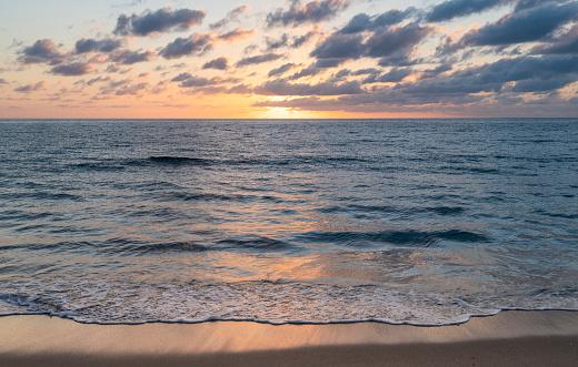 Sunrise - Fort Lauderdale「USA, Florida, Boca Raton, Sea waves at sunrise」:スマホ壁紙(18)