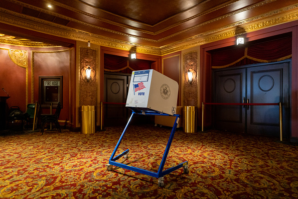 Empty「Across The U.S. Voters Flock To The Polls On Election Day」:写真・画像(14)[壁紙.com]