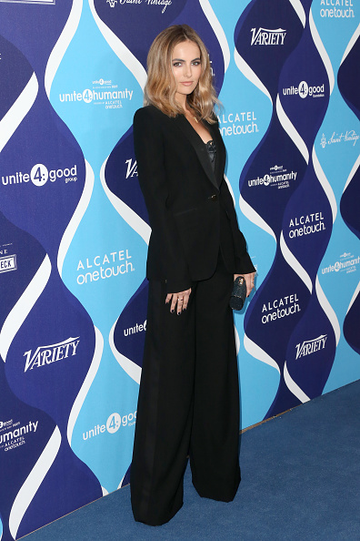 Camilla Belle「2nd Annual unite4:humanity Presented By ALCATEL ONETOUCH - Arrivals」:写真・画像(19)[壁紙.com]