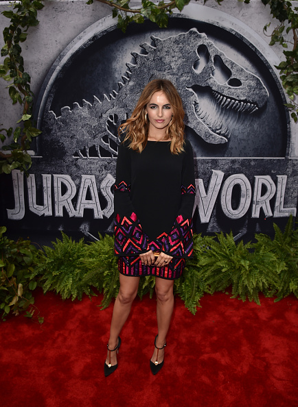 "Camilla Belle「Premiere Of Universal Pictures' ""Jurassic World"" - Red Carpet」:写真・画像(12)[壁紙.com]"