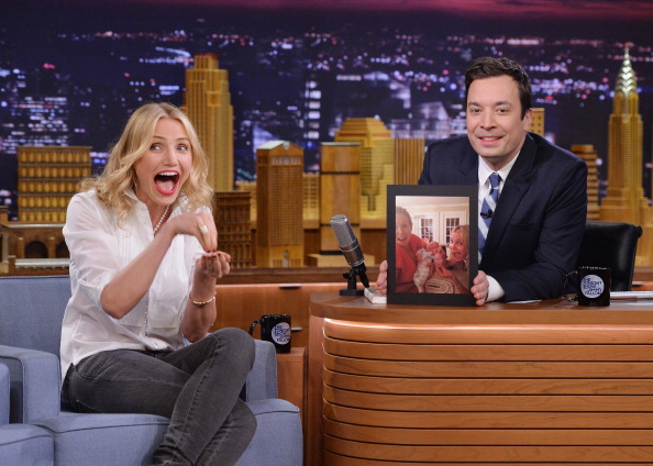 """Mike Coppola「Cameron Diaz And Ralph Fiennes Visit """"The Tonight Show Starring Jimmy Fallon""""」:写真・画像(6)[壁紙.com]"""