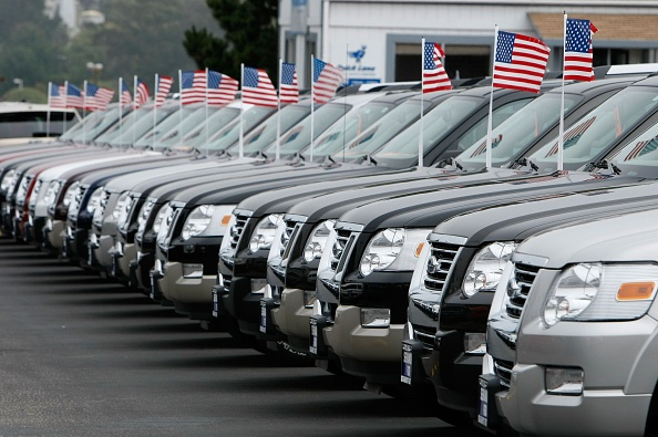 In A Row「US Automakers Report August Sales」:写真・画像(1)[壁紙.com]