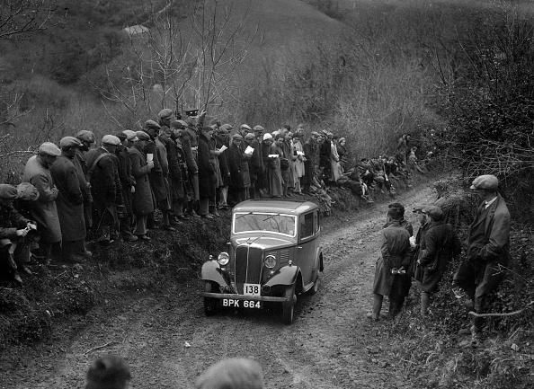 Curve「Standard of CS John competing in the MCC Lands End Trial, 1935」:写真・画像(2)[壁紙.com]
