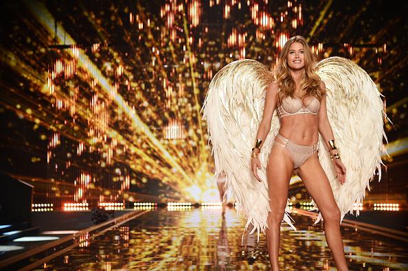 Victoria's Secret「2014 Victoria's Secret Fashion Show - Show」:写真・画像(13)[壁紙.com]