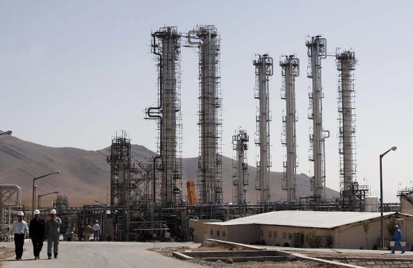 Iran「Controversial Heavy Water Plant Nears Completion In Iran」:写真・画像(14)[壁紙.com]