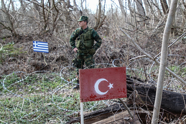Greece「Turkey Says It Won't Stop Refugees From Reaching Europe After Syria Attack」:写真・画像(1)[壁紙.com]
