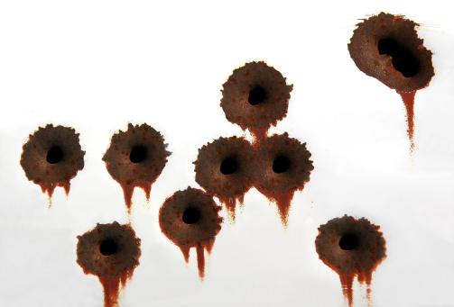 Rusty「Bullet Holes」:スマホ壁紙(1)