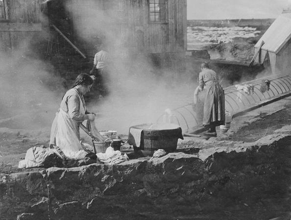 Hulton Archive「Icelandic Hot Spring Laundry」:写真・画像(19)[壁紙.com]