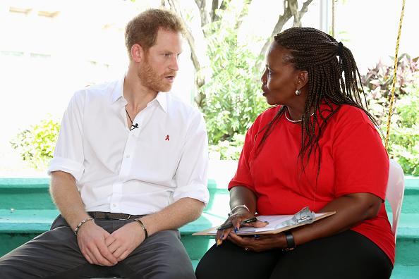 Three Quarter Length「Prince Harry Visits The Caribbean - Day 11」:写真・画像(8)[壁紙.com]