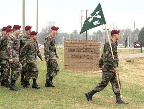 "Daniel Gi「Three Soldiers Killed by ""Friendly Fire"" Remembered」:写真・画像(18)[壁紙.com]"
