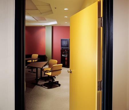 Convention Center「open door on boardroom」:スマホ壁紙(13)