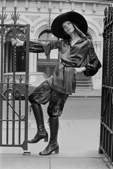 Belt「Fashion by Mary Quant, 1970」:写真・画像(19)[壁紙.com]