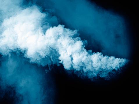 Emitting「Blue smoke」:スマホ壁紙(10)