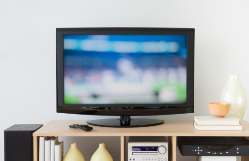Living Room「USA, New Jersey, Jersey City, Television set」:スマホ壁紙(4)