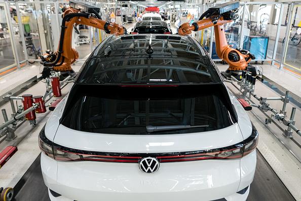 Mode of Transport「Volkswagen Revs Up ID.4 Electric Car Production」:写真・画像(14)[壁紙.com]