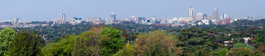 Postmodern「Large Sandton Cityscape Panorama」:スマホ壁紙(16)
