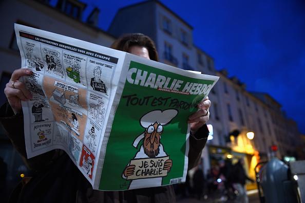 Charlie Hebdo「First International Edition Of Charlie Hebdo Published Since Paris Terror Attacks」:写真・画像(0)[壁紙.com]