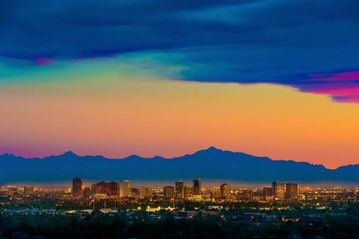 Cityscape「Phoenix Arizona skyline panorama cityscape sunset, aerial from Scottsdale」:スマホ壁紙(18)