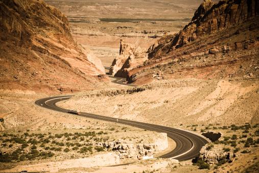 Hairpin Curve「Highway 70 Passing Through Utah」:スマホ壁紙(17)